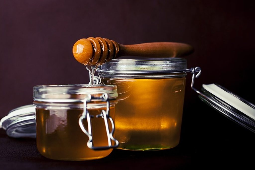 honey will lead you on how to neutralize spicy food in stomach