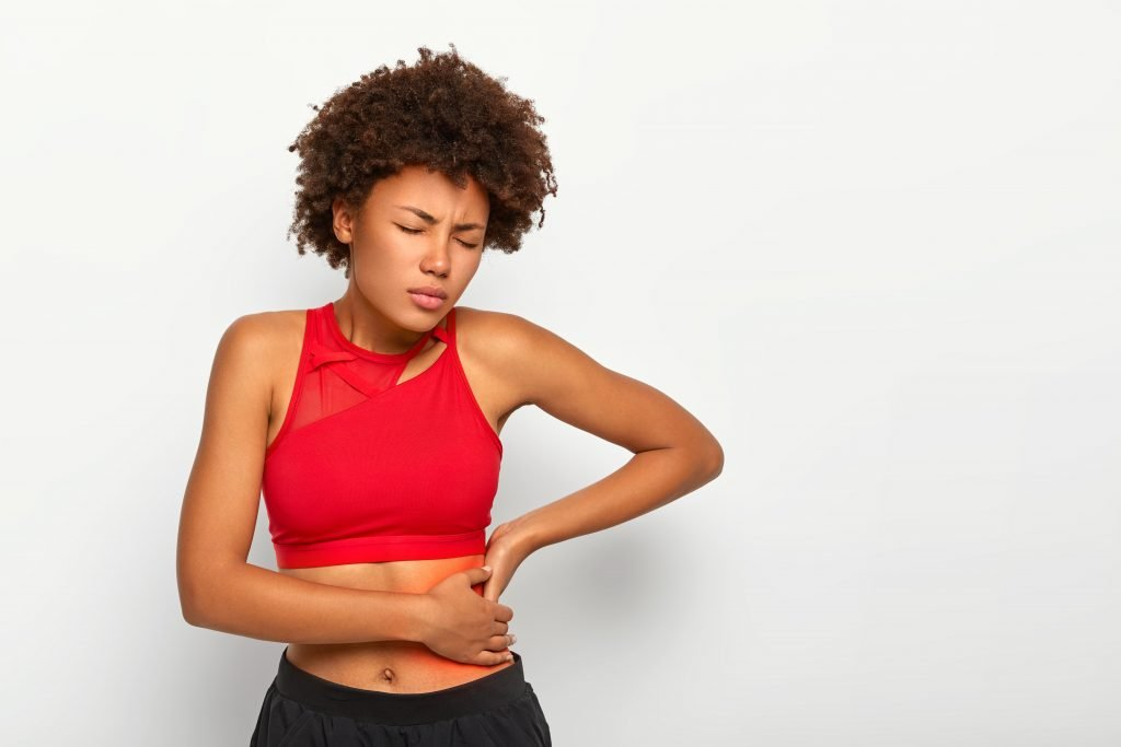 Gallbladder disorder causes severe pain in right side under ribs