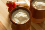 How Many Carbs in Heavy Cream? (+Diet Control)