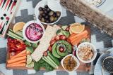 What to Dip In Hummus: A Vegetarian's Retreat